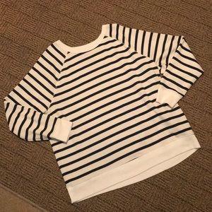 EUC Old Navy Sweat Shirt Size XL